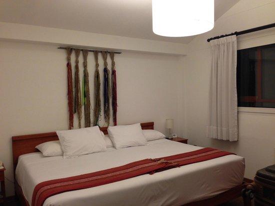Tierra Viva Cusco Centro: Vista apartamento/cama