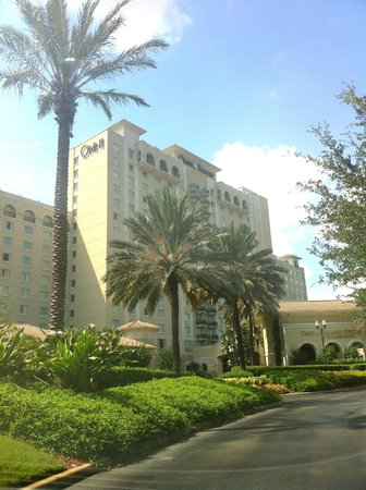 Omni Orlando Resort at Championsgate: hotel from outside