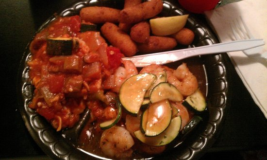Mrs Fish Seafood Grill: Grilled Salmon, Shrimp, Gumbo, Hushpuppies. (salmon is underneath shrimp and zucchini))