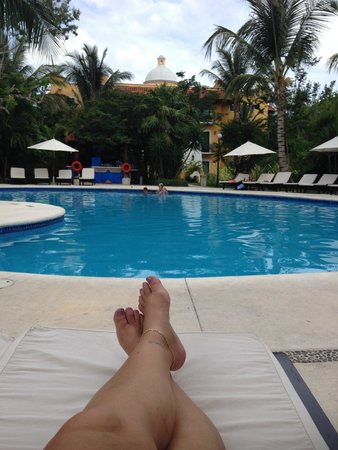 Occidental Cozumel : by the pool