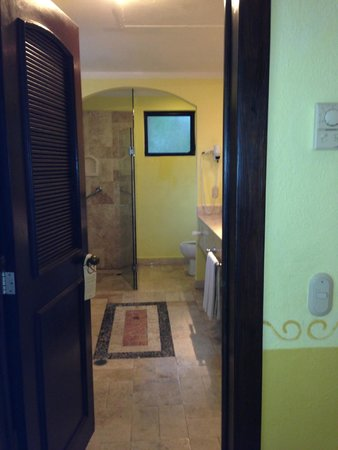 Occidental Cozumel: bathroom