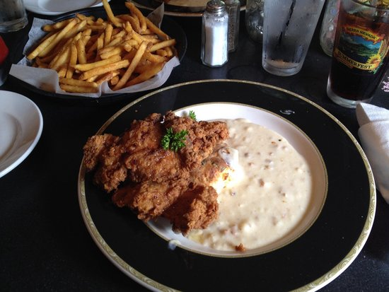 Vermont ale house : Fried chicken with a biscuit & gravy!! Delicious!!!