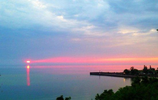 Deer Park Lodge: amazing sunsets