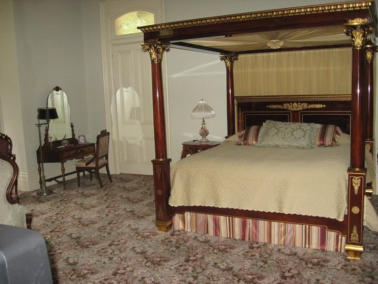 Schenck Mansion Bed & Breakfast Inn: Wiesman Room