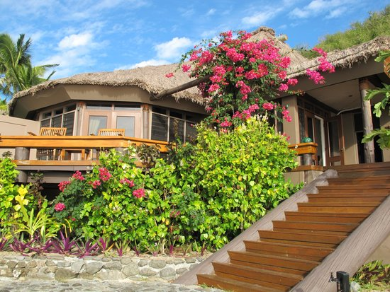 Yasawa Island Resort and Spa: Our home away from home - Sub 0