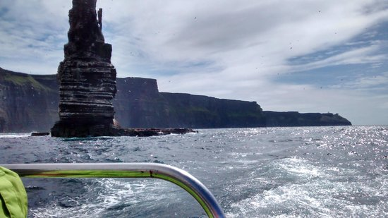 Doolin2Aran Ferries : Cliffs of Moher cruise July 2014