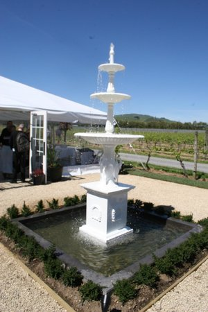 Tirohana Estate : Courtyard Fountain
