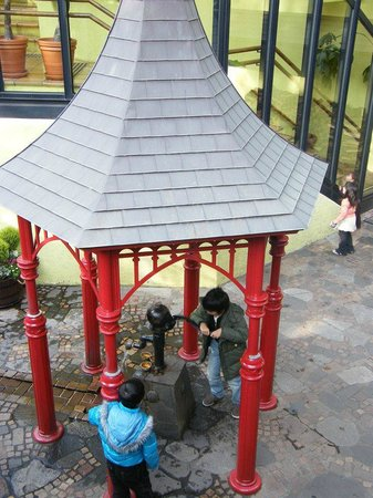 Musée Ghibli : the hand pump - my boys favorite work out of the day
