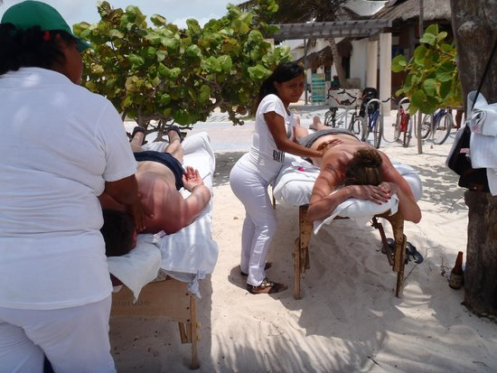 $20 massage on Mahahual Beach, Mahahual, Mexico