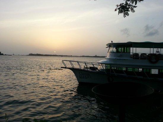 Vivanta by Taj - Malabar: The boat ride