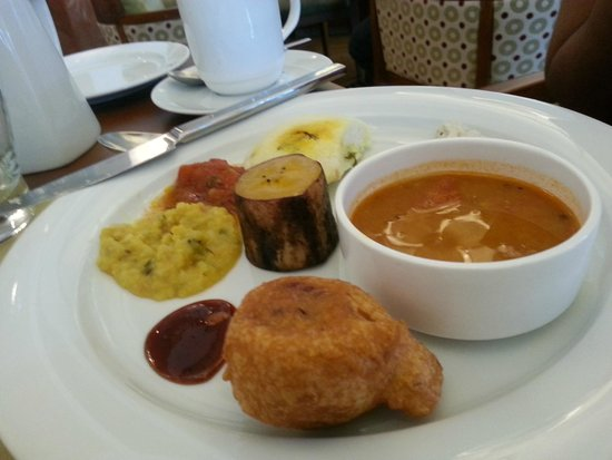 Vivanta by Taj - Malabar: Breakfast