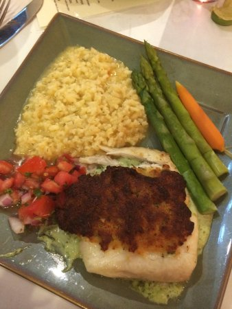 Traders Gulf Coast Grill and Gifts: Parmesan encrusted triple tail