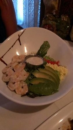 Rose Villa Southern Table & Bar: Shrimp Cobb salad. Look at all that fresh shrimp!