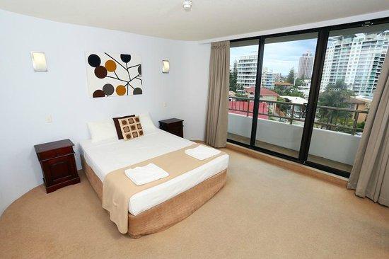 Regent Apartments: Standard Apartment