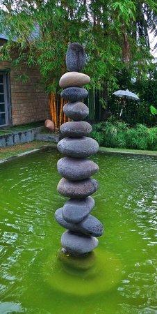 Sardine: The stones fountain