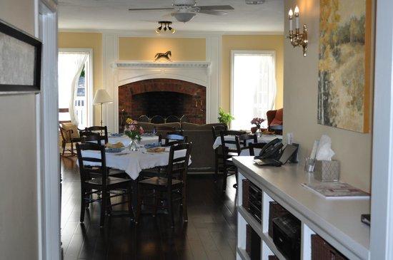 Ravenscroft Inn: The Breakfast room