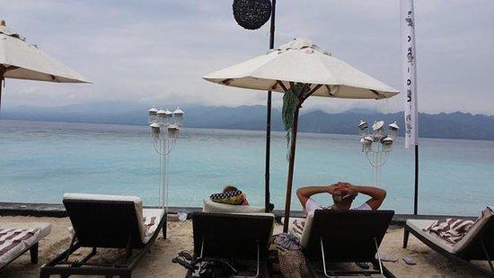 Hotel Vila Ombak : Relaxing