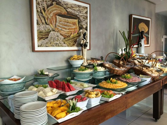 Monte Pascoal Praia Hotel Salvador: Good selection for breakfast