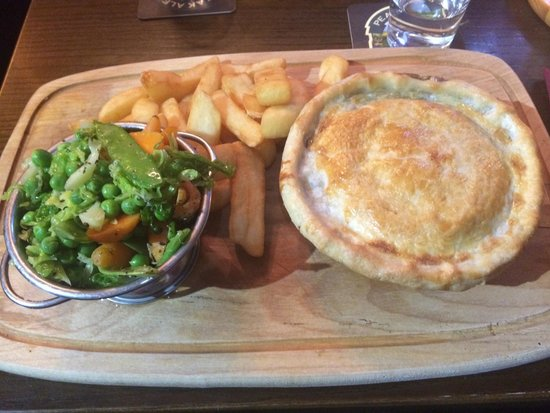 The Peacock: Leek and mushroom pie with chips and veg