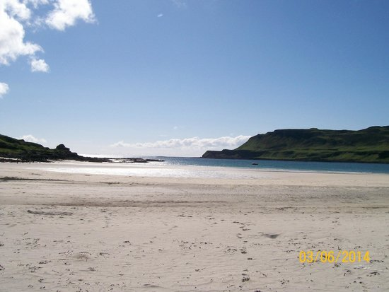 Claigan Coral Beach: amazing views of the isle of mull