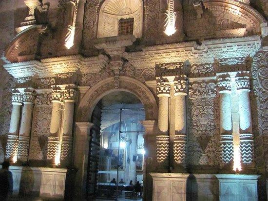 Plaza de Armas: Iglesia de Santo Domingo