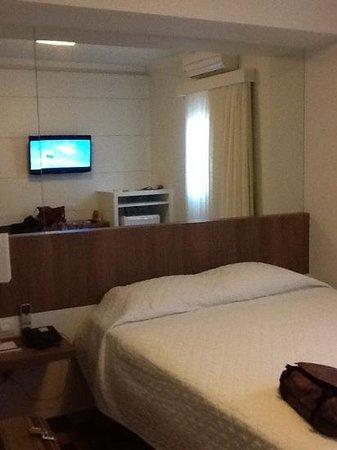 quarto do hotel Gloria