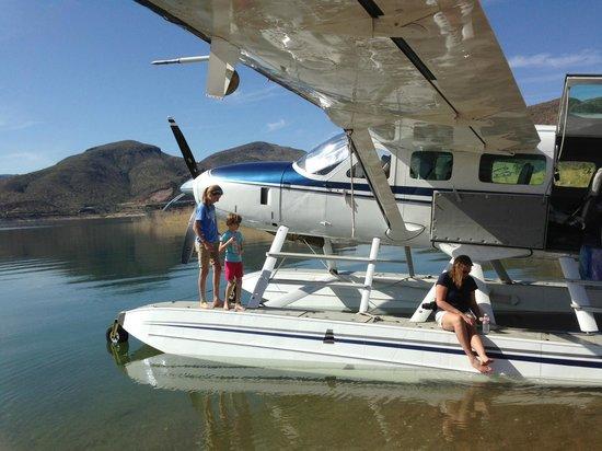 """Desert Splash Adventures: Pat B """"Chillin with Team Desert Splash on Lake Roosevelt"""""""