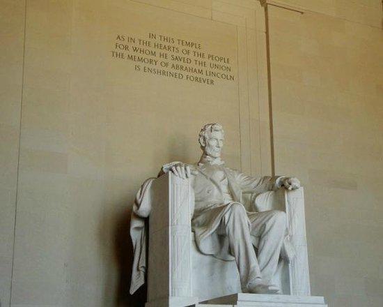 Lincoln Memorial et Reflecting Pool : Lincoln-Memorial view 2