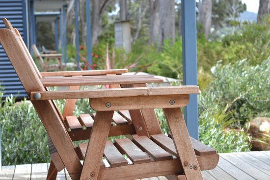 Captain Cook Holiday Park: The porch on our villa