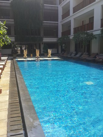 The Magani Hotel and Spa: pool area