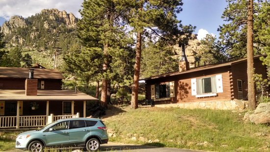 Blackhawk Lodges: Cabin 7/8 on the right, 9/10 on the left