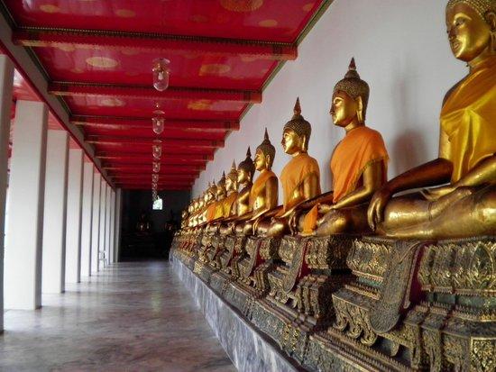 Temple du Bouddha Couché (Wat Pho) : 回廊の仏様