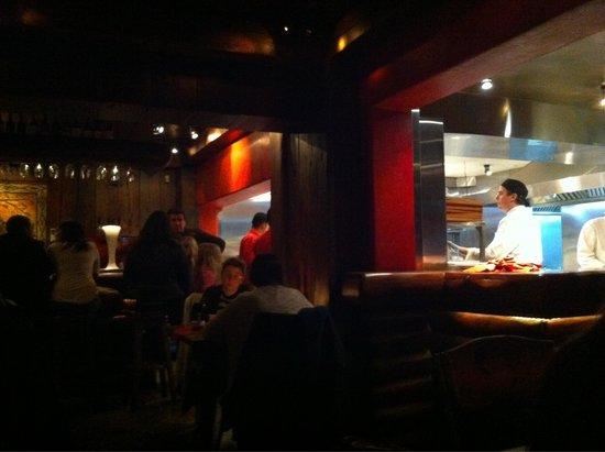 Tiramisú: Bar and kitchen
