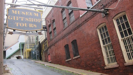 D.G. Yuengling and Son Brewery : During tour - outside