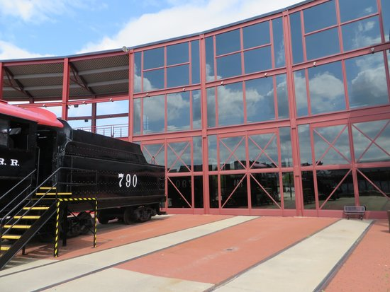 Steamtown National Historic Site : Steamtown Outside Museum