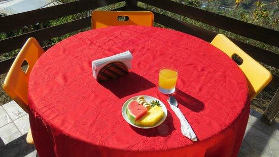 Rinconcito Verde: terraza de desayuno