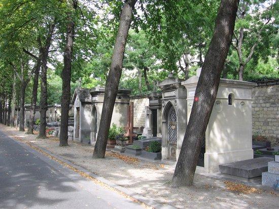 Citadines Saint-Germain-des-Pres Paris: Cimetière du Père Lachaise