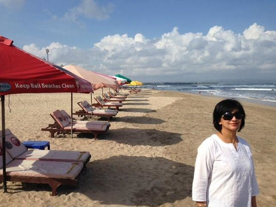 Pullman Bali Legian Nirwana: Legian Beach opposite Pullman