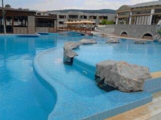 Kandia's Castle Hotel, Resort & Thalasso : pool