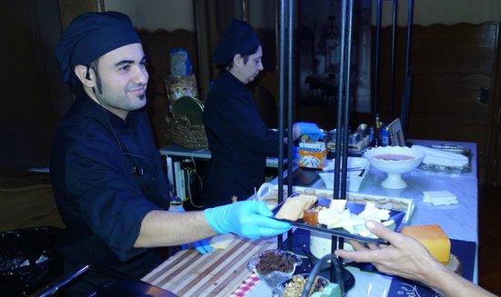 Casa Batlló: Cheese plate prepared to order inside