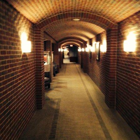 The Ritz-Carlton Georgetown, Washington, D.C. : Love this brick - classic modern style throughout.