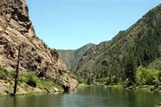 Econo Lodge : Black Canyon Natl Pak