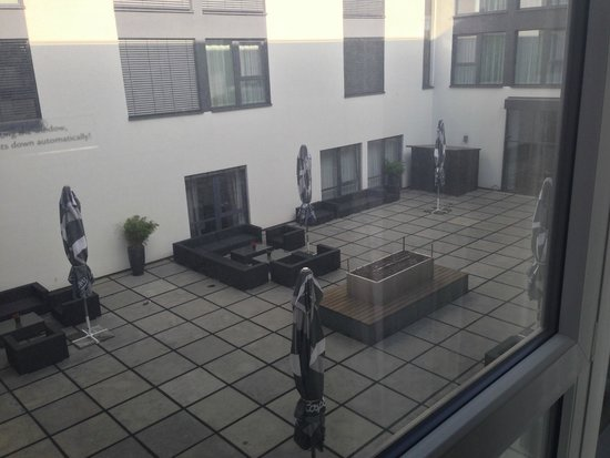 Legere Hotel Luxembourg : Courtyard