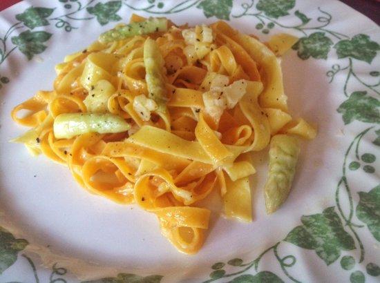 DaVinci Restaurant Nai Harn: Tagliatelle with asparagus