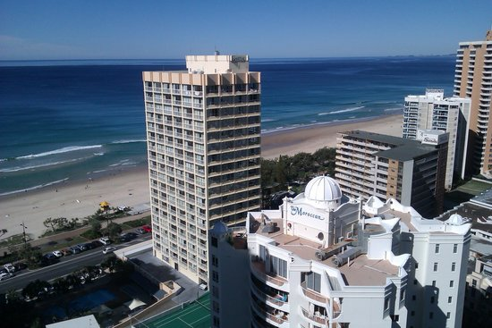 Mantra on View Hotel : Another sunny winter's day in paradise (surfers paradise that is)!!