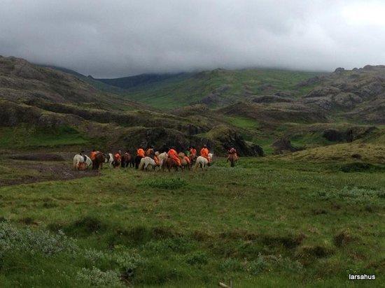 Eskimos Iceland: Riding on Iclandhorses
