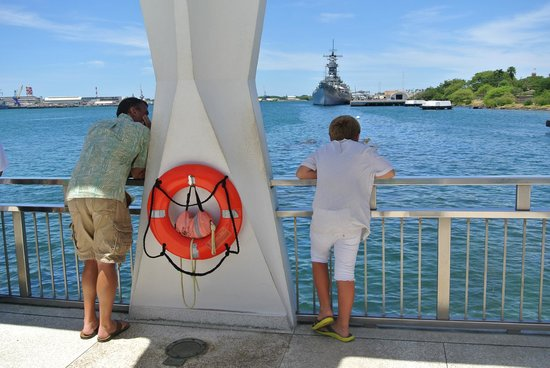 USS Arizona Memorial/World War II Valor in the Pacific National Monument: Contemplating...