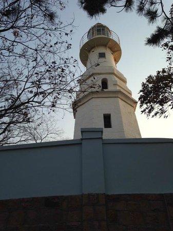 Zhanqiao Pier: Qingdao Pier/Light House