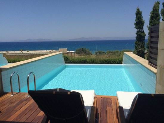 Amathus Elite Suites: Our view from our room