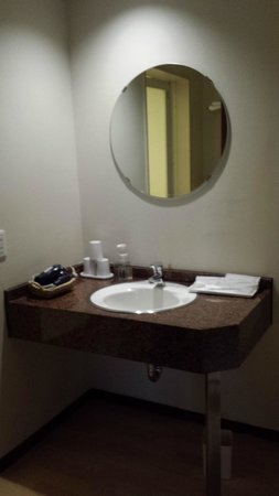 Hotel Park Side: Bathroom